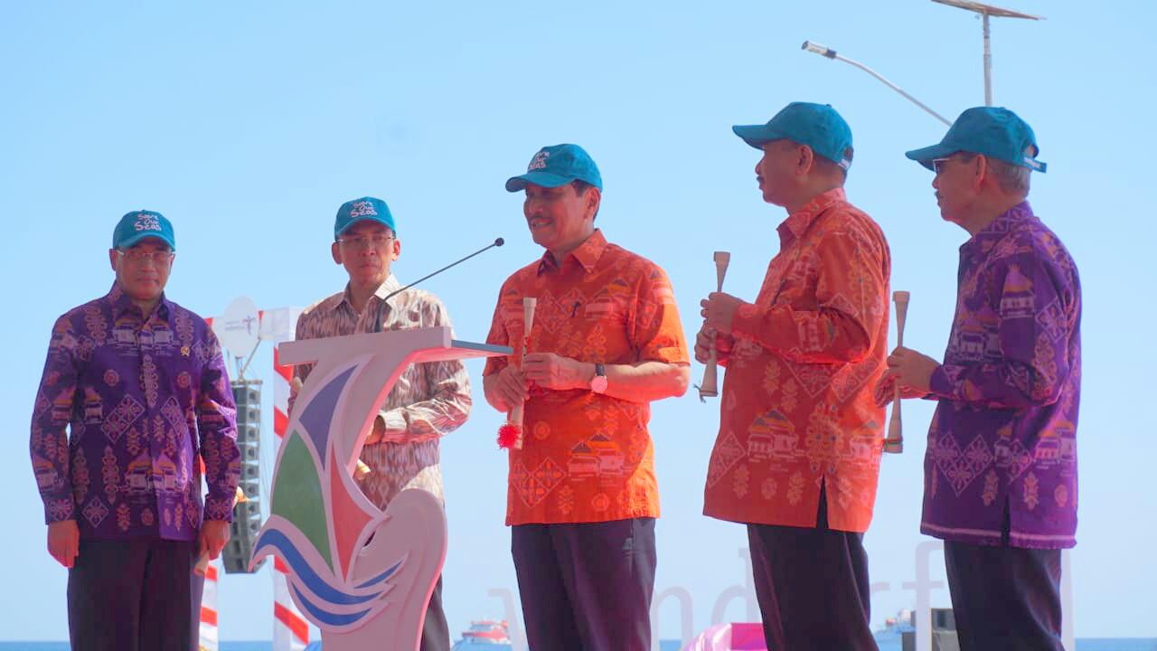 PEMBUKAAN SAIL MOYO TAMBORA 2018 : EKONOMI INDONESIA BAIK-BAIK SAJA