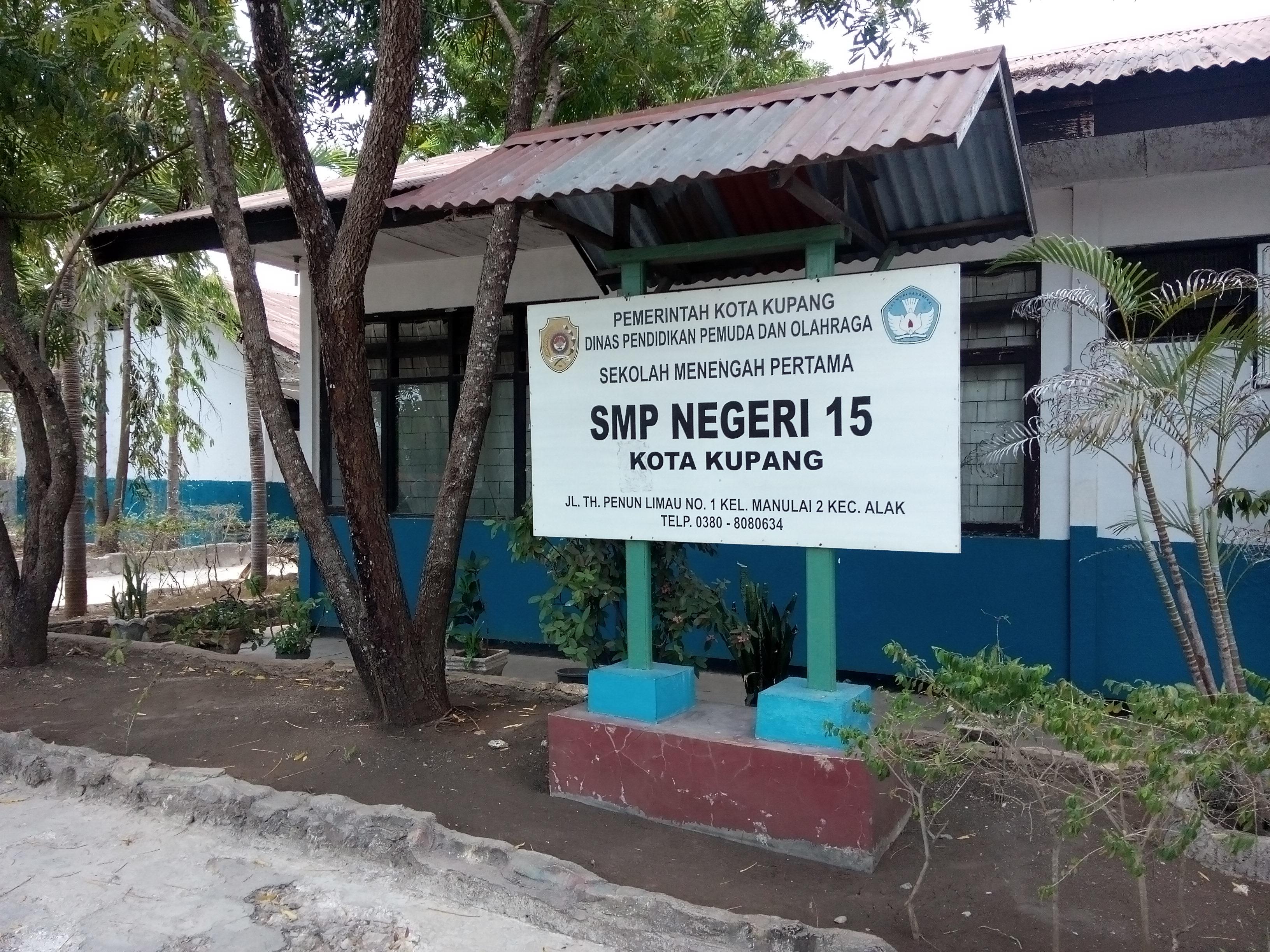 Kepsek Bersama Iparnya Kelola Dana BOS SMPN 15 Kota Kupang