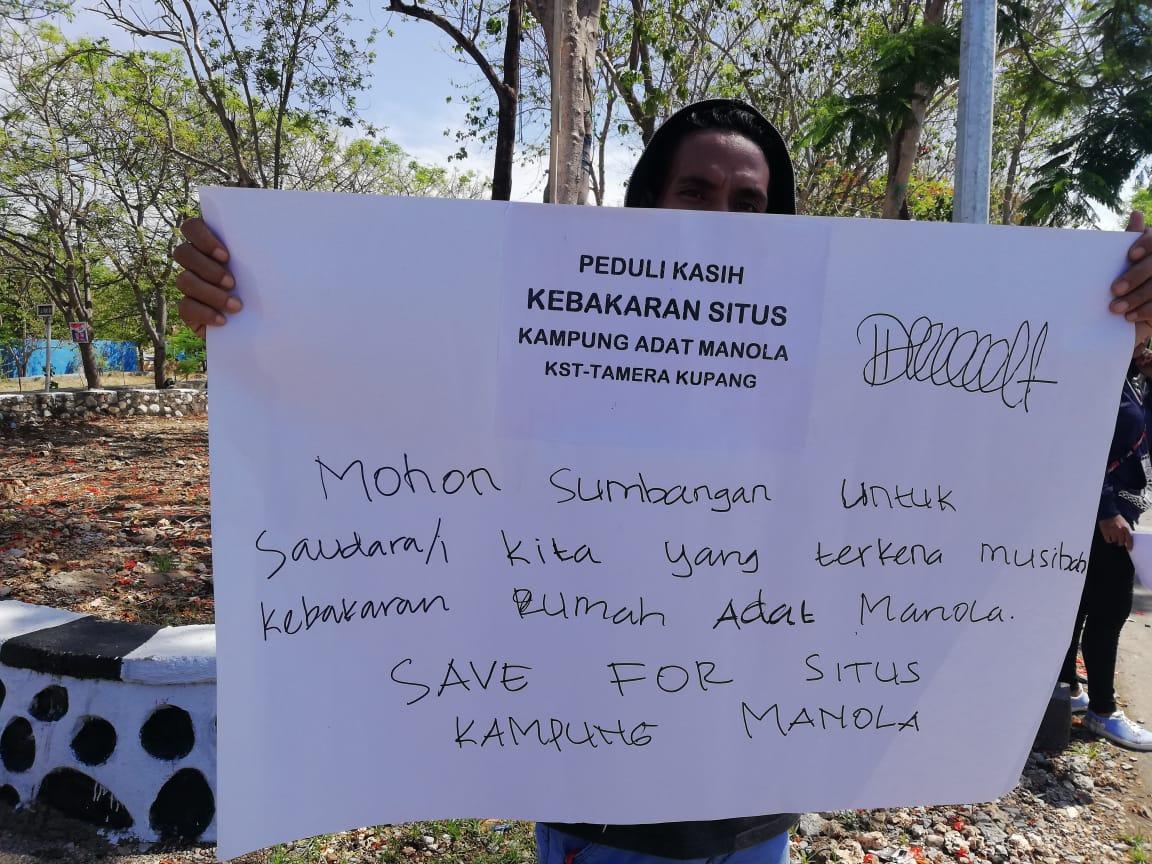 Peduli Kasih Untuk Korban Kebakaran Situs Kampung Adat Manola